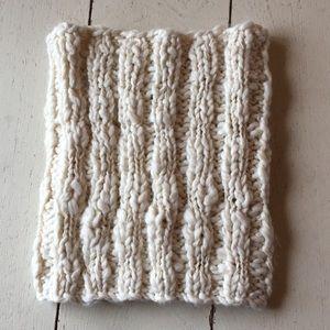 American Eagle NWT cozy infinity scarf